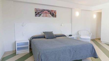 2-estudio-alquiler-turistico-dormitorio.jpg
